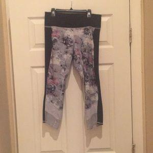 Floral Gray, Pink and Black short Lululemon size 6